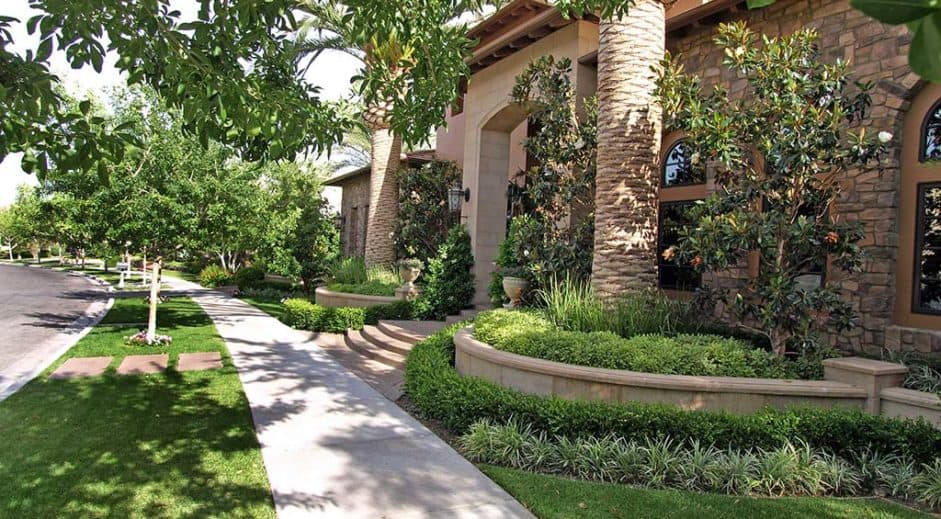 las-vegas-luxury-guard-gated-real-estate-bellacere-05-941x519