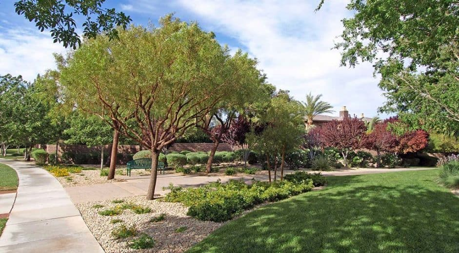 las-vegas-luxury-guard-gated-real-estate-bellacere-08-941x519