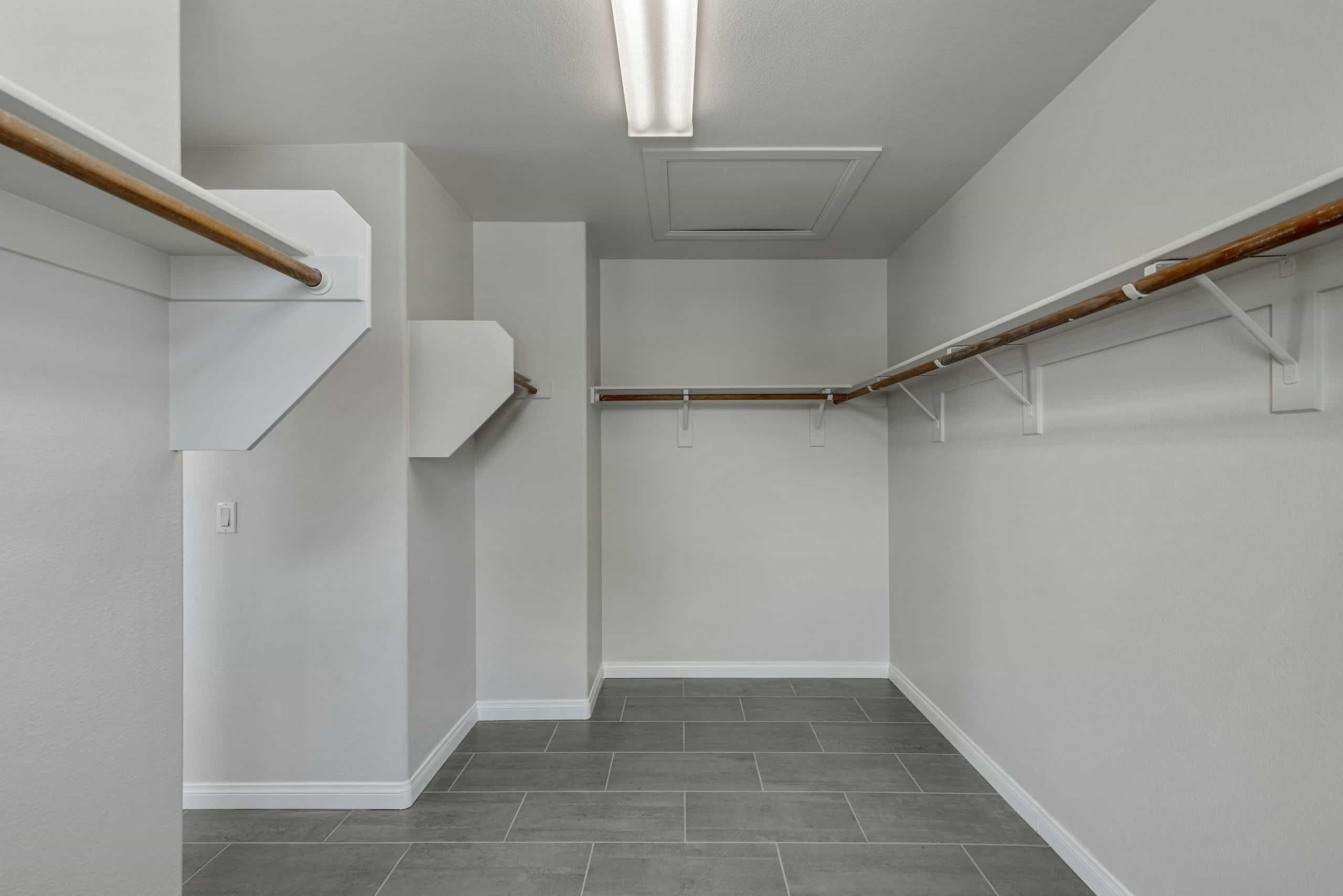 las-vegas-luxry-real-estate-realtor-rob-jensen-company-10491-haywood-drive-summerlin48