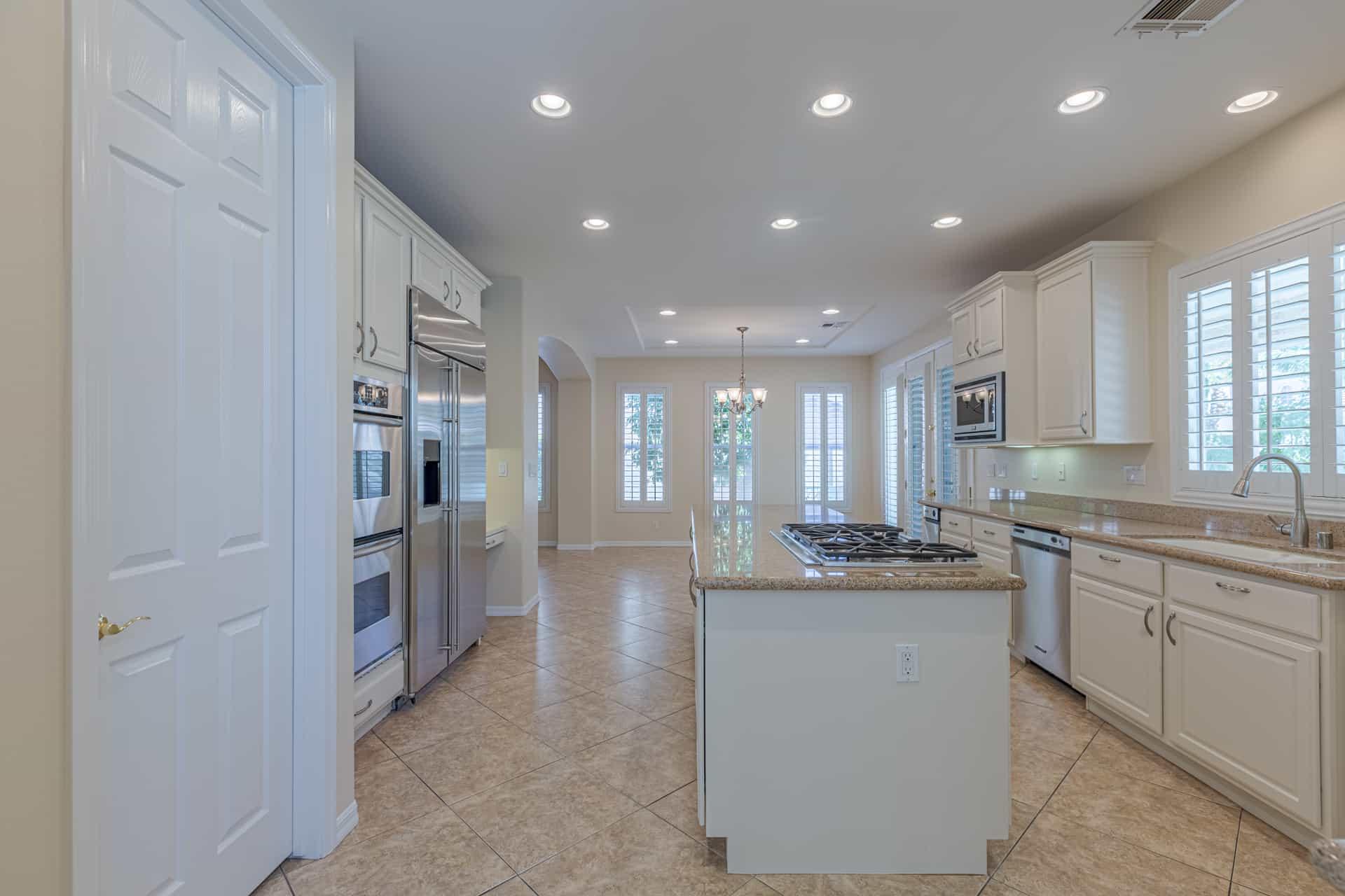 las-vegas-luxry-real-estate-realtor-rob-jensen-company-10729-grey-havens-court-willow-creek1357