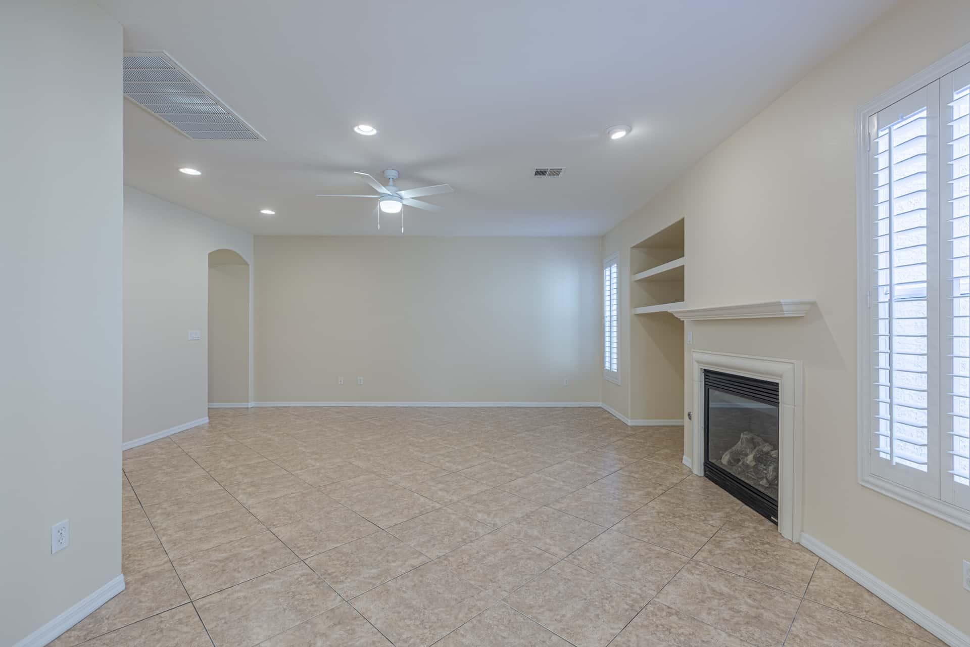 las-vegas-luxry-real-estate-realtor-rob-jensen-company-10729-grey-havens-court-willow-creek2057