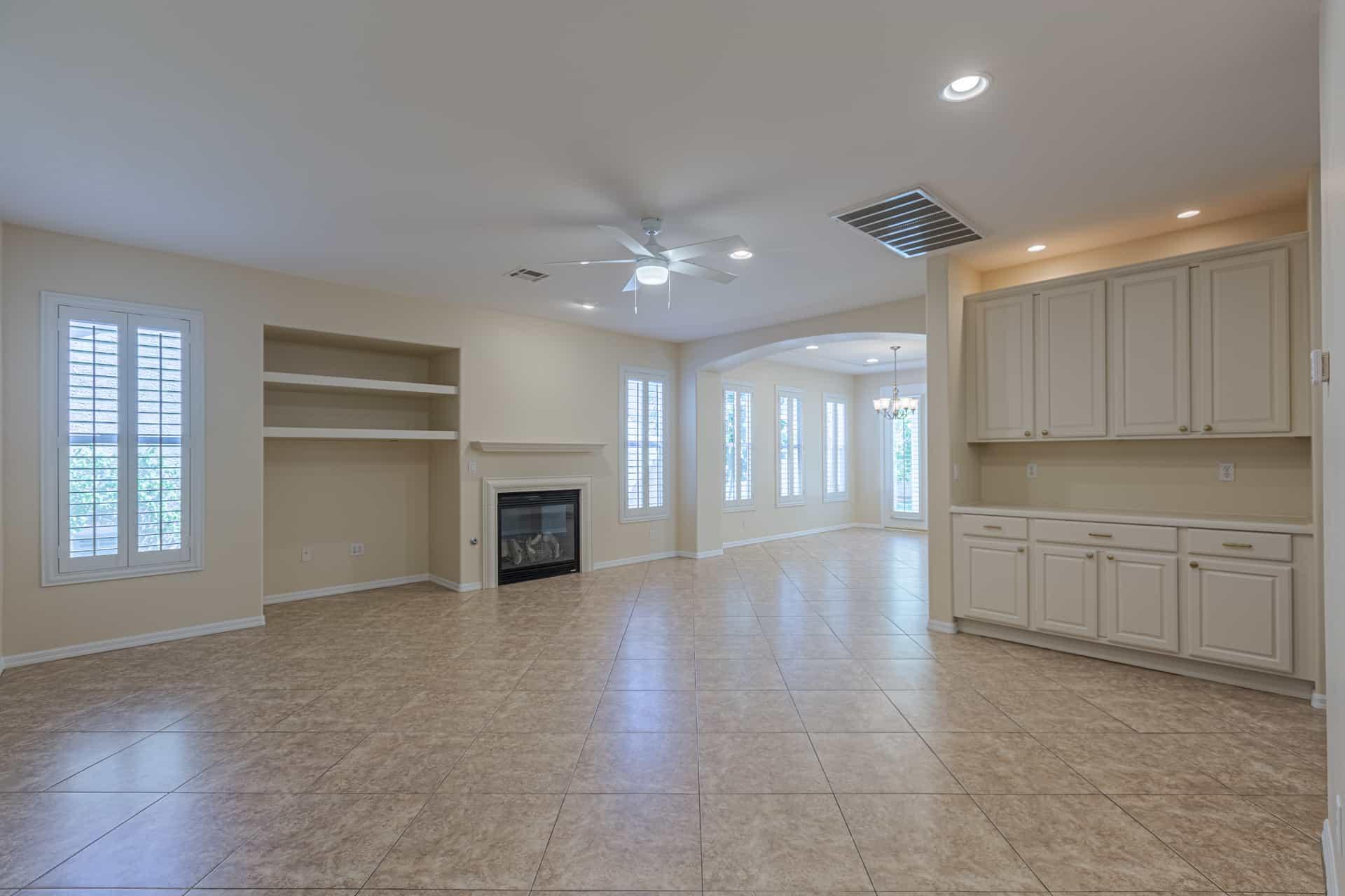 las-vegas-luxry-real-estate-realtor-rob-jensen-company-10729-grey-havens-court-willow-creek2557