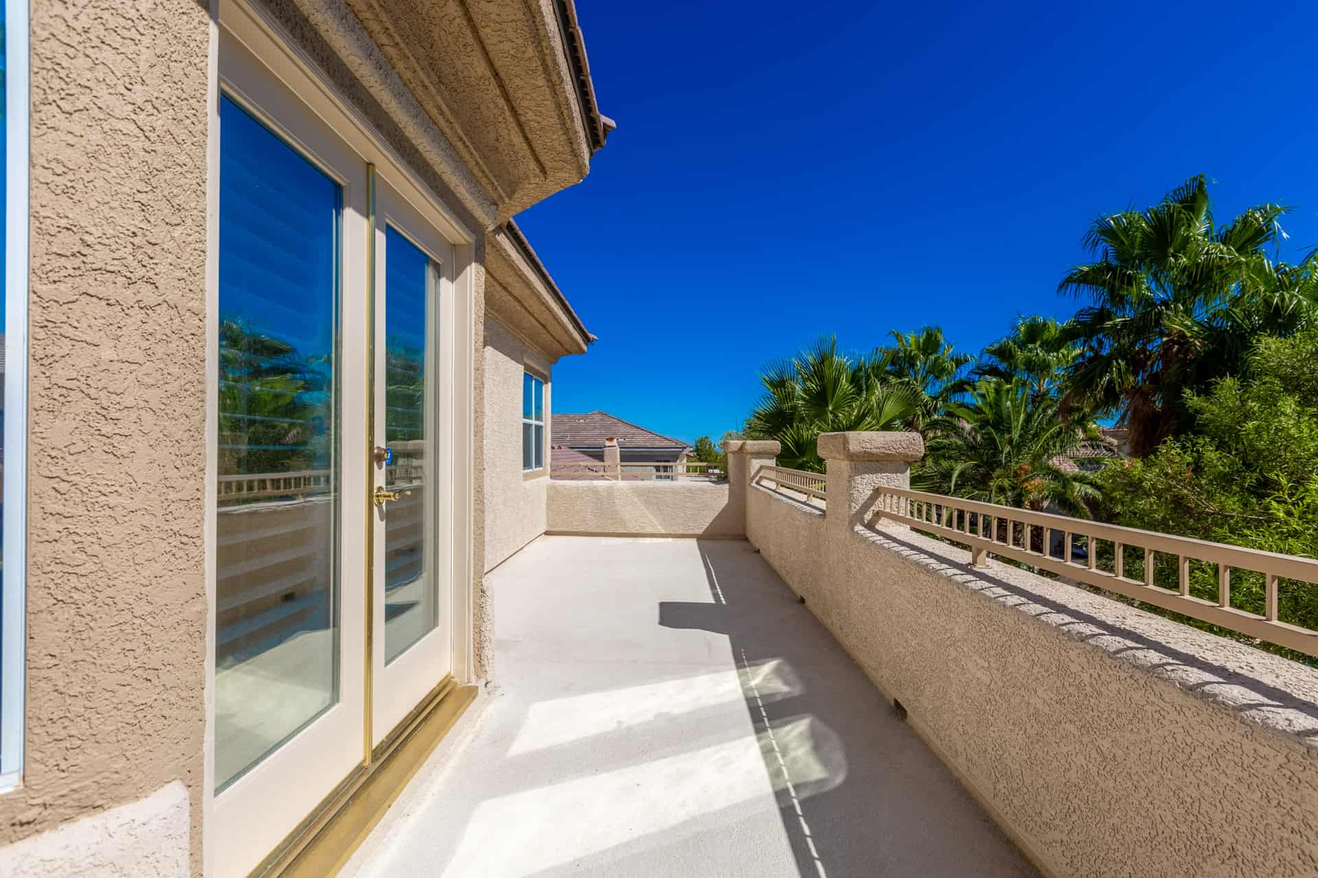 las-vegas-luxry-real-estate-realtor-rob-jensen-company-10729-grey-havens-court-willow-creek3857