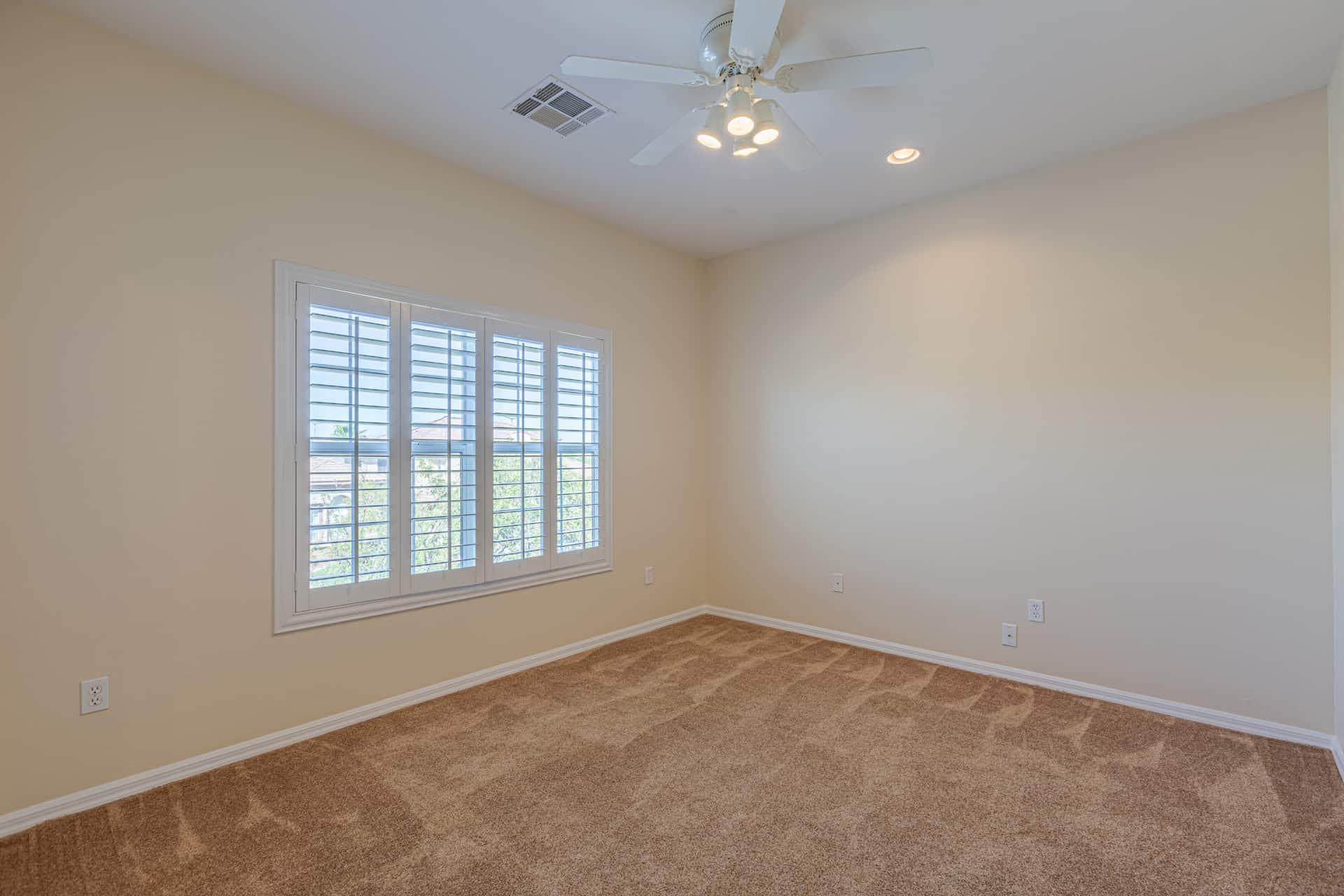 las-vegas-luxry-real-estate-realtor-rob-jensen-company-10729-grey-havens-court-willow-creek4257