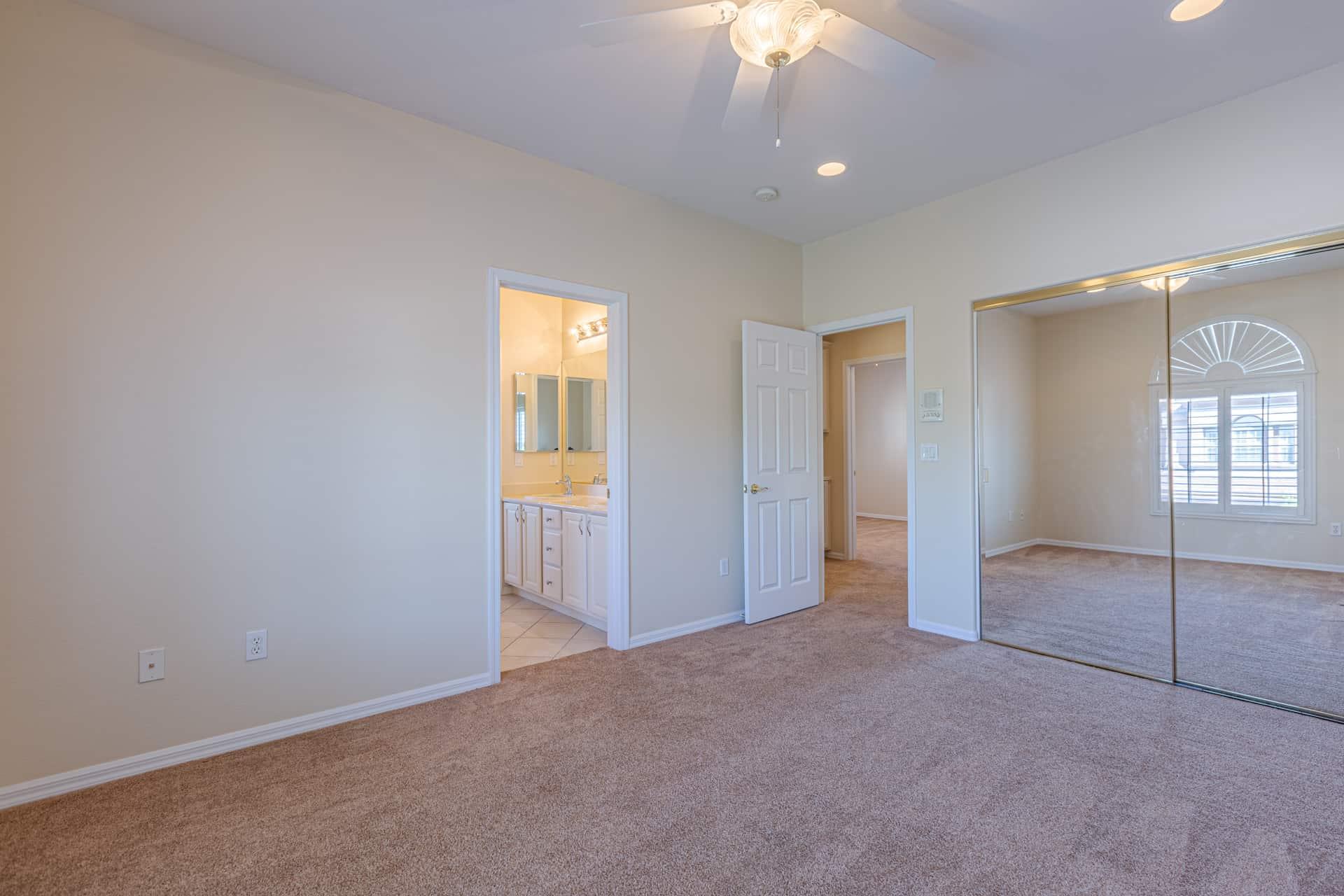 las-vegas-luxry-real-estate-realtor-rob-jensen-company-10729-grey-havens-court-willow-creek4657