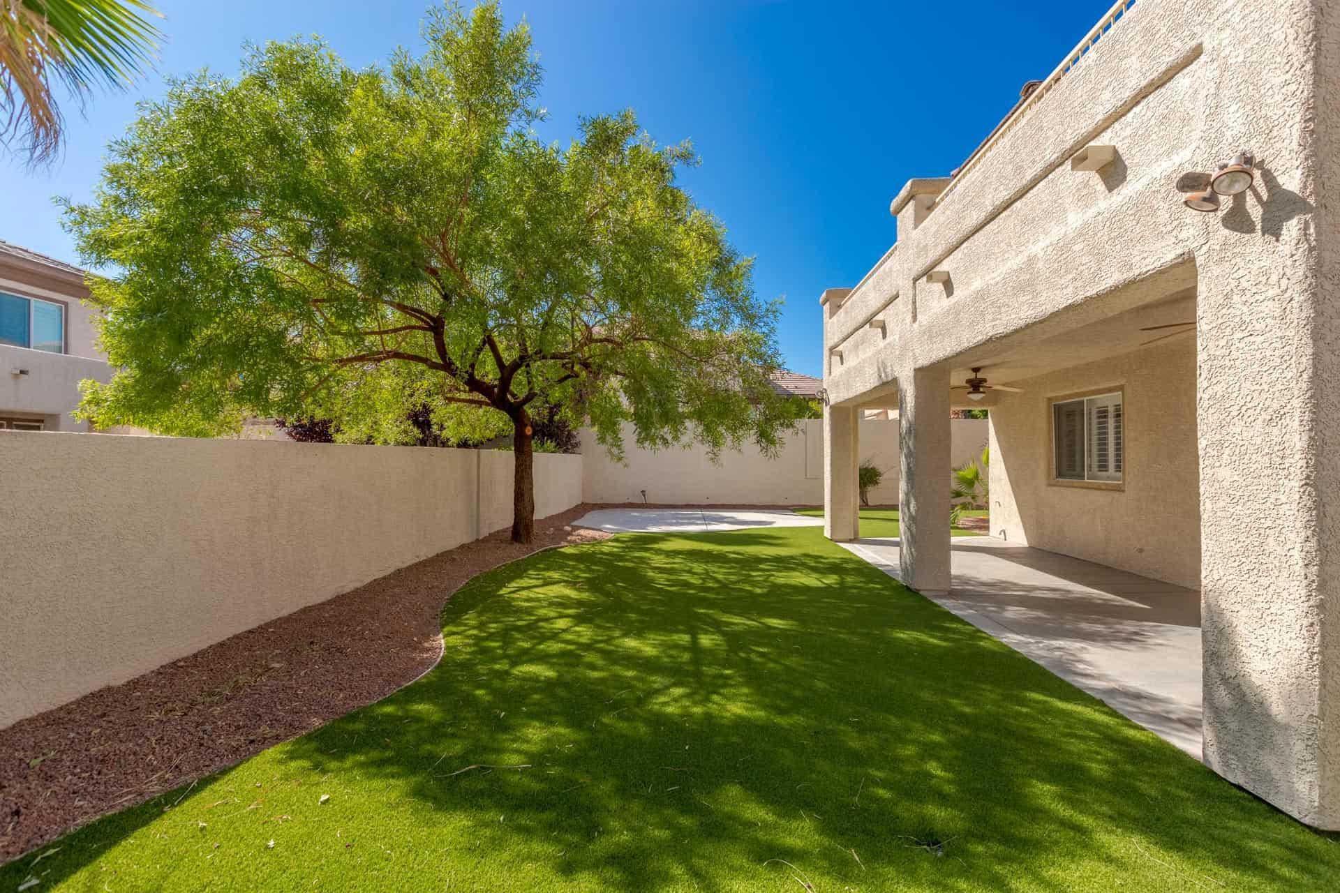las-vegas-luxry-real-estate-realtor-rob-jensen-company-10729-grey-havens-court-willow-creek5157