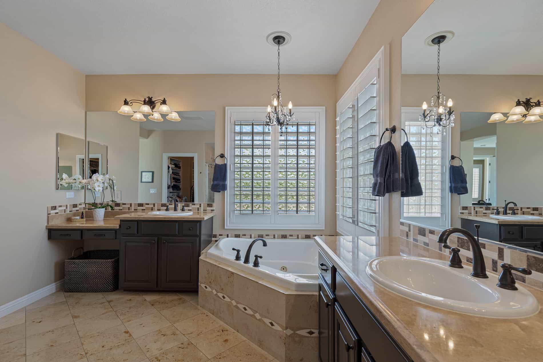 las-vegas-luxry-real-estate-realtor-rob-jensen-company-12108-vista-linda-avenue-the-paseos044