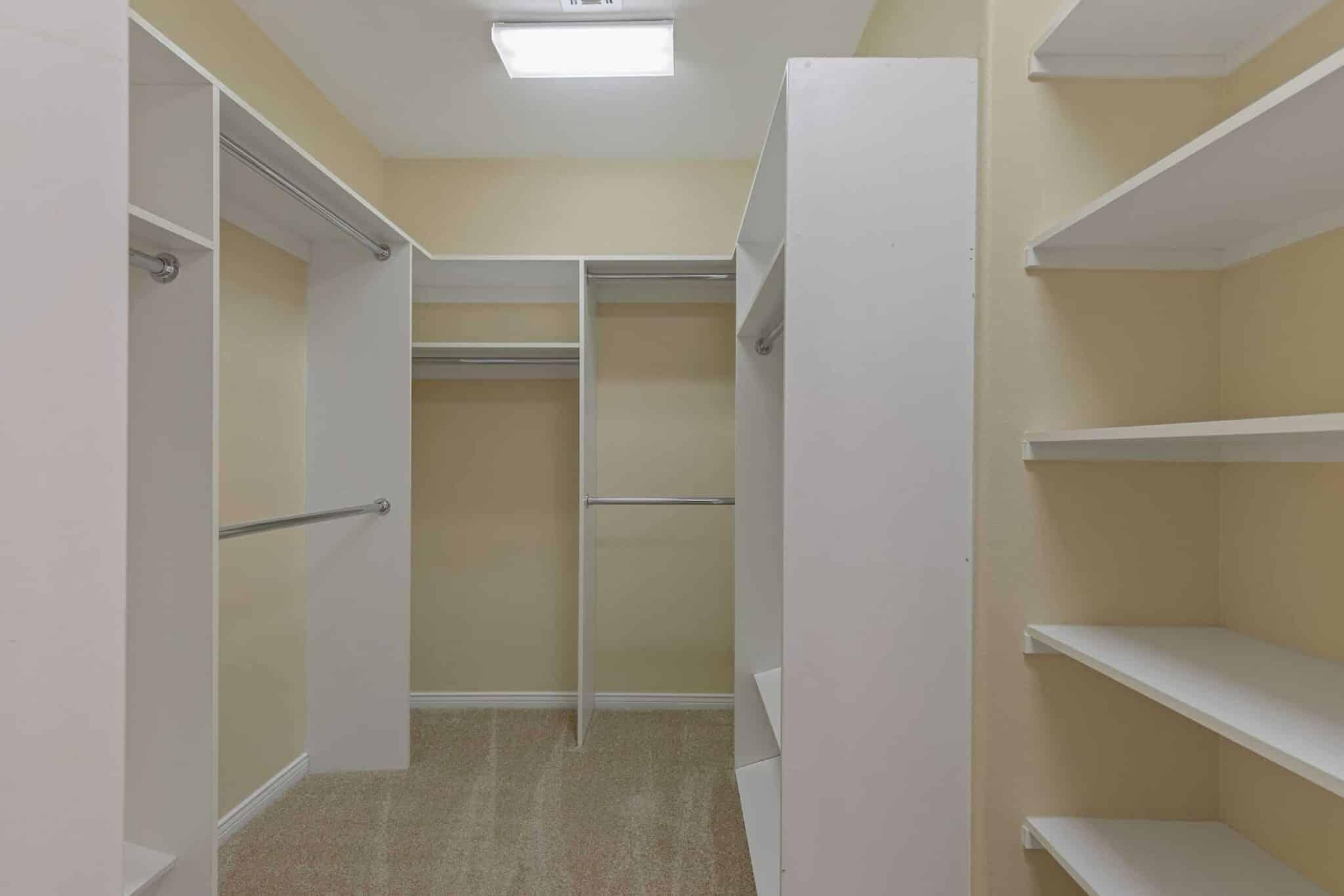 las-vegas-luxry-real-estate-realtor-rob-jensen-company-2620-grassy-spring-place-rrcc41