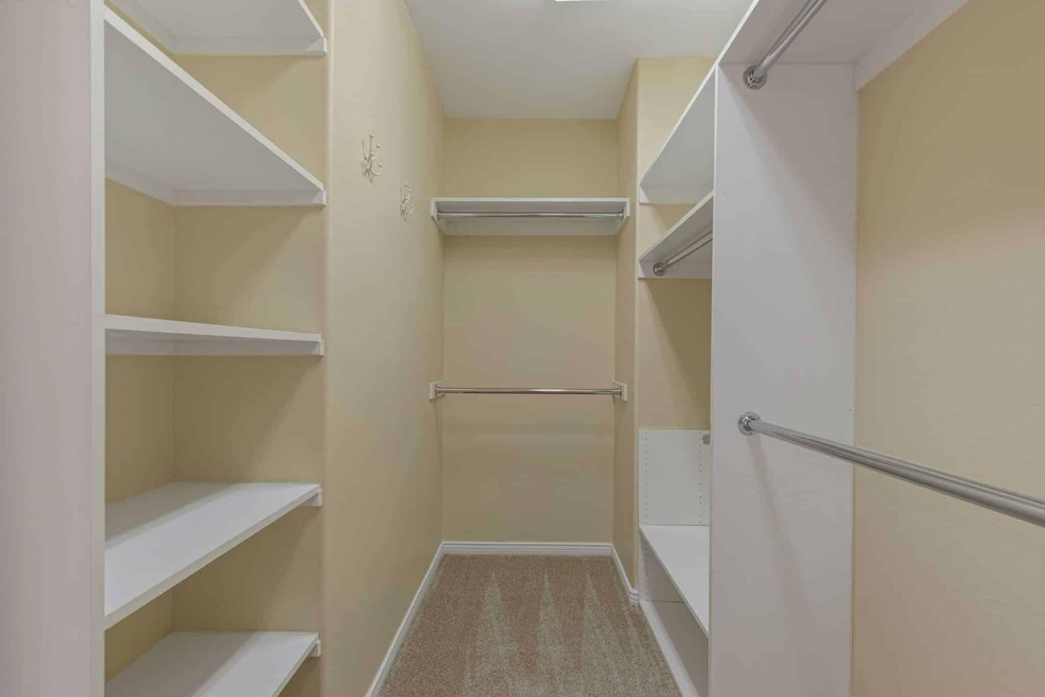 las-vegas-luxry-real-estate-realtor-rob-jensen-company-2620-grassy-spring-place-rrcc42