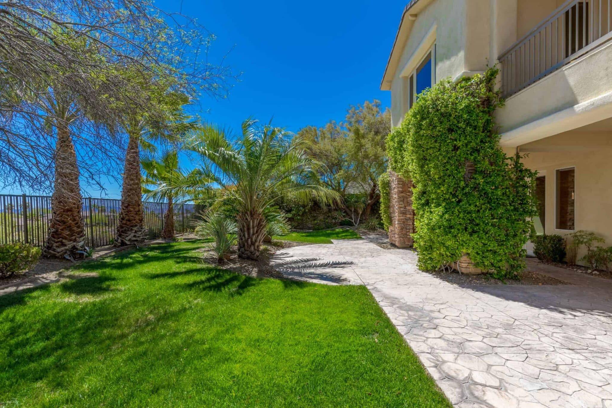 las-vegas-luxry-real-estate-realtor-rob-jensen-company-2620-grassy-spring-place-rrcc56