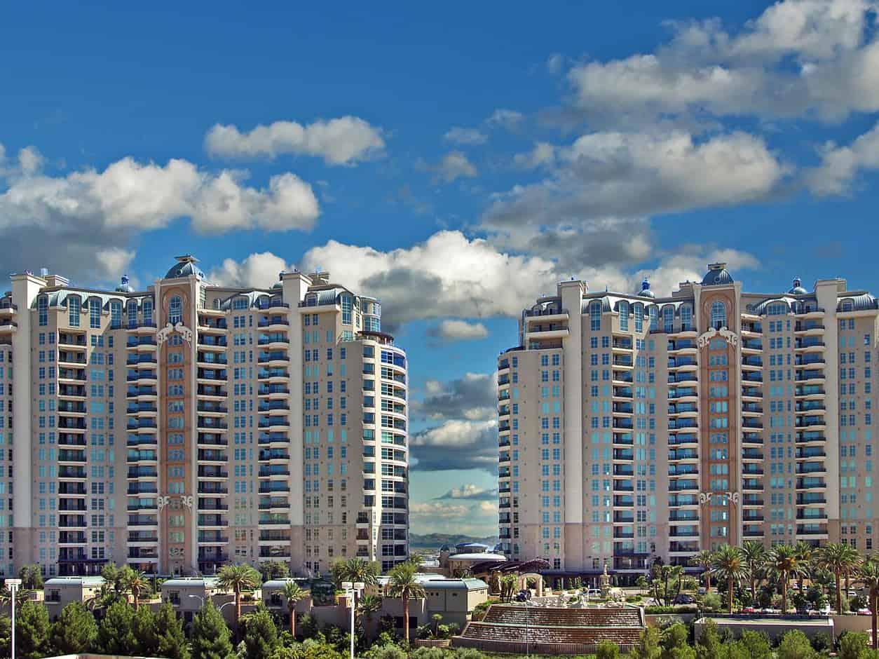 las-vegas-luxry-real-estate-realtor-rob-jensen-company-9101-alta-drive-unit-1207-queensridge191