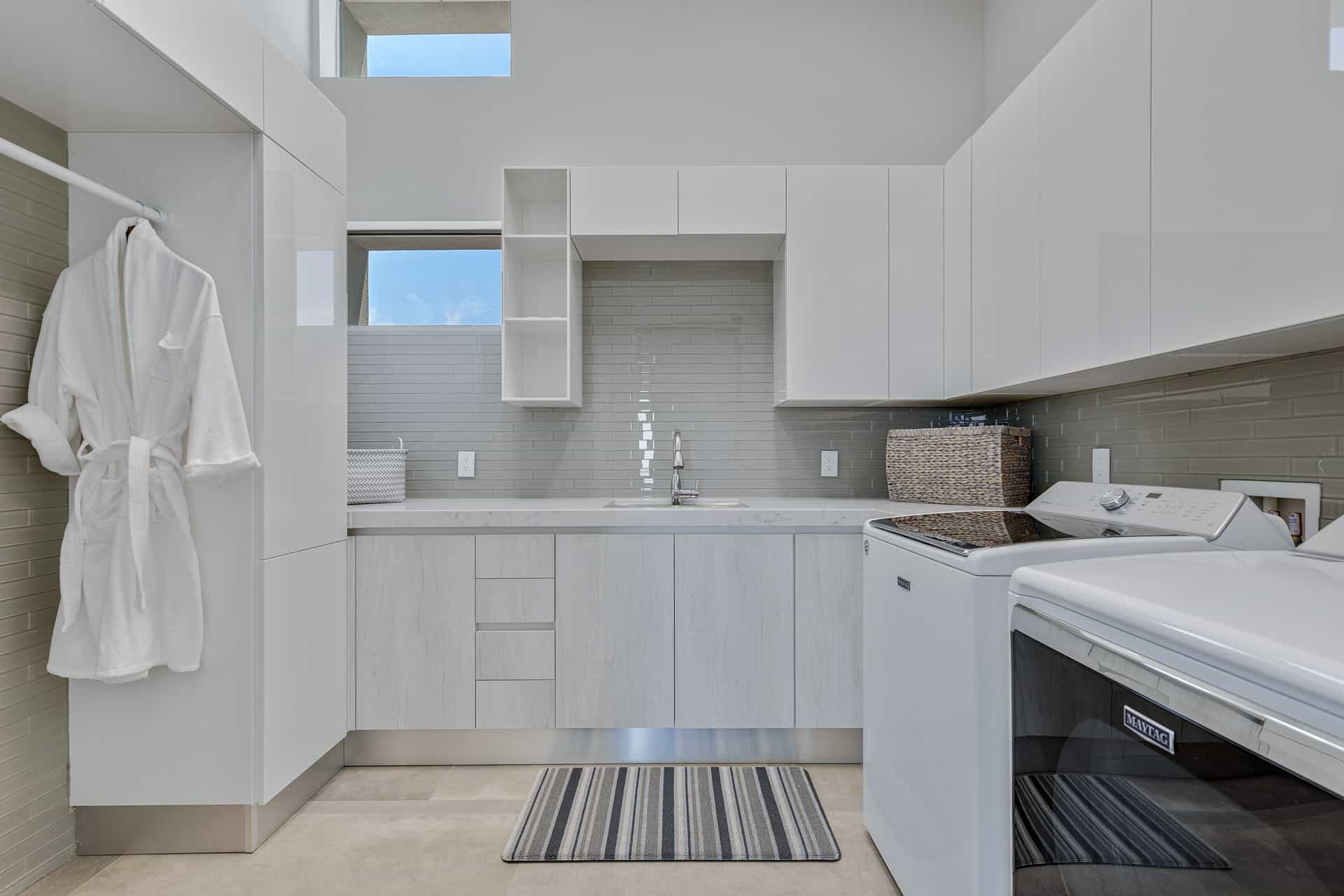 las-vegas-luxry-real-estate-realtor-rob-jensen-company-5-rockstream-drive-ascaya042