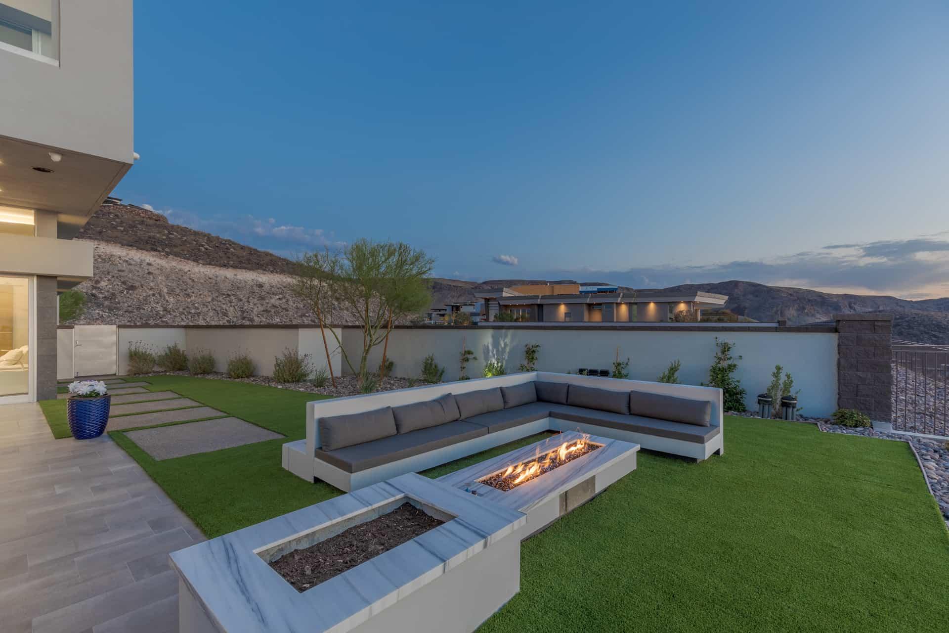 las-vegas-luxry-real-estate-realtor-rob-jensen-company-5-rockstream-drive-ascaya079