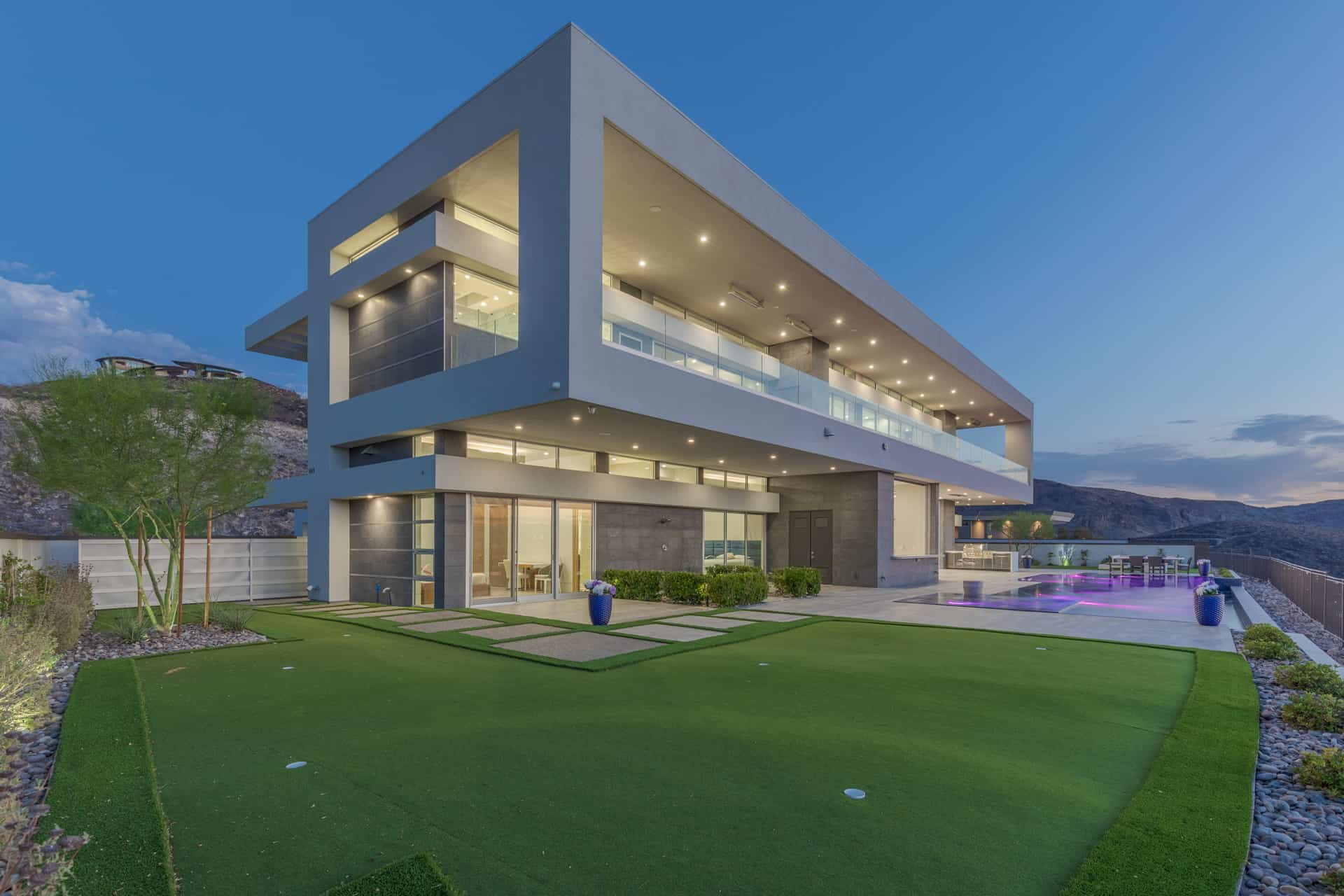 las-vegas-luxry-real-estate-realtor-rob-jensen-company-5-rockstream-drive-ascaya082