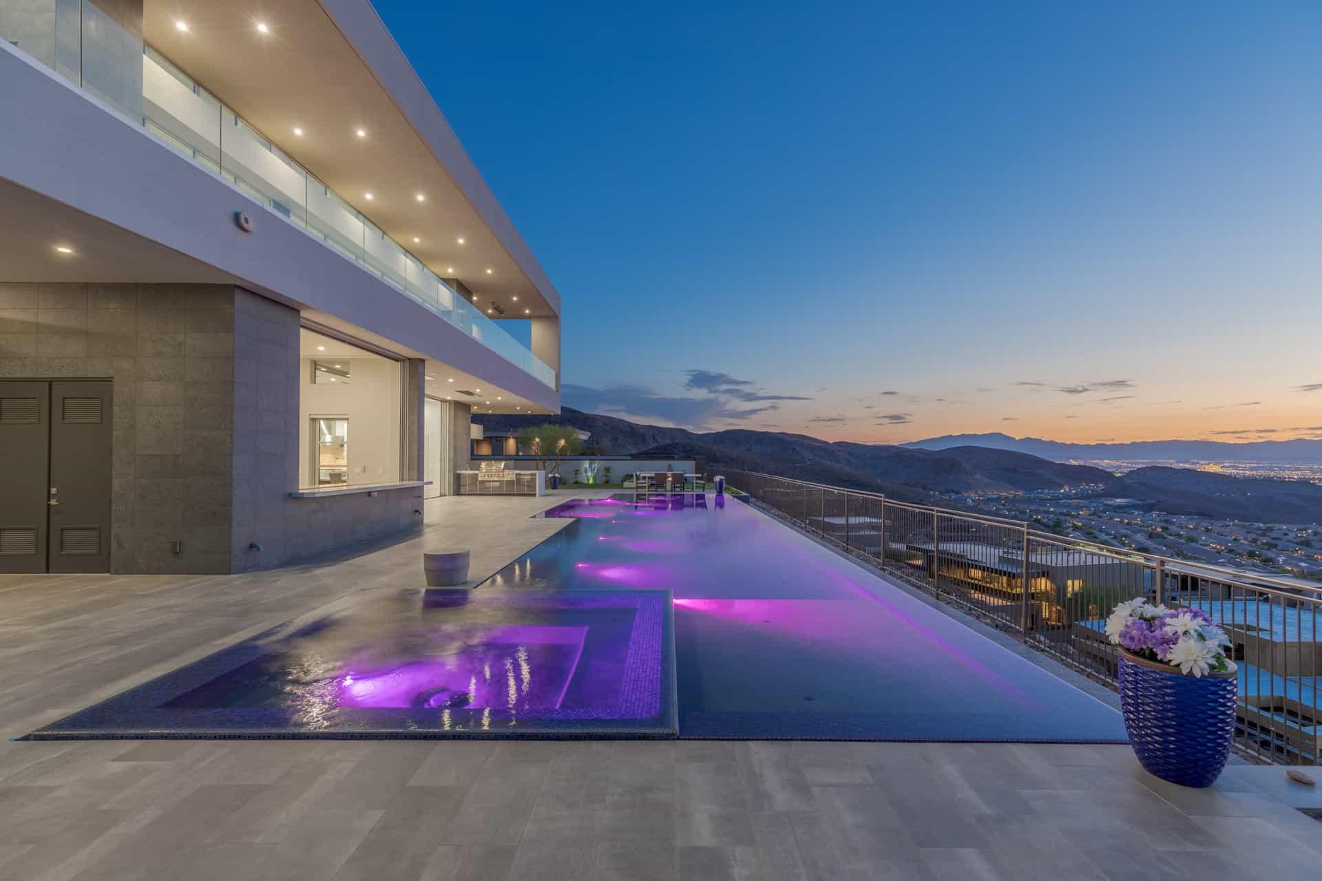 las-vegas-luxry-real-estate-realtor-rob-jensen-company-5-rockstream-drive-ascaya083