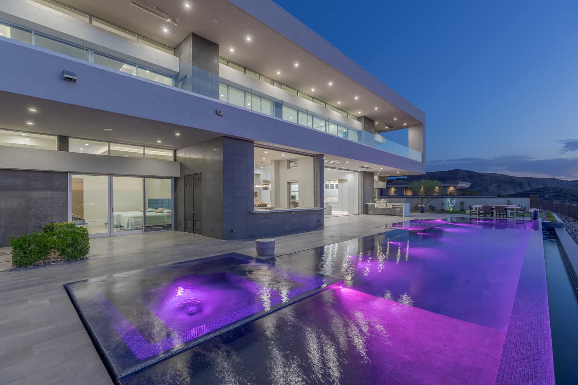 las-vegas-luxry-real-estate-realtor-rob-jensen-company-5-rockstream-drive-ascaya084